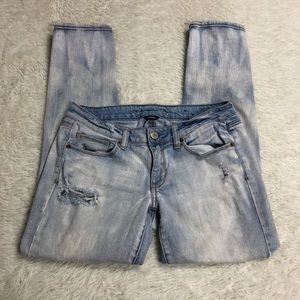 American Eagle Destroyed Skinny Light Wash 6